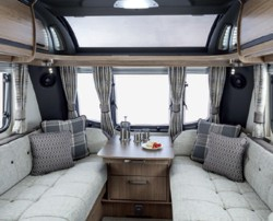 Coachman VIP interior